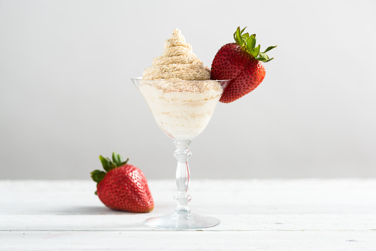 Strawberries and Brandy Alexander Cream Recipe
