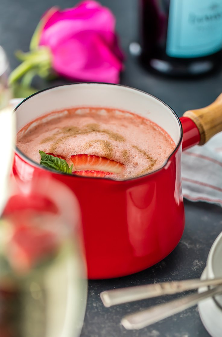 Strawberry Champagne Soup Recipe