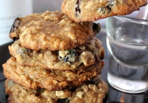 Malibu Rum Raisin Oatmeal Cookies Recipe