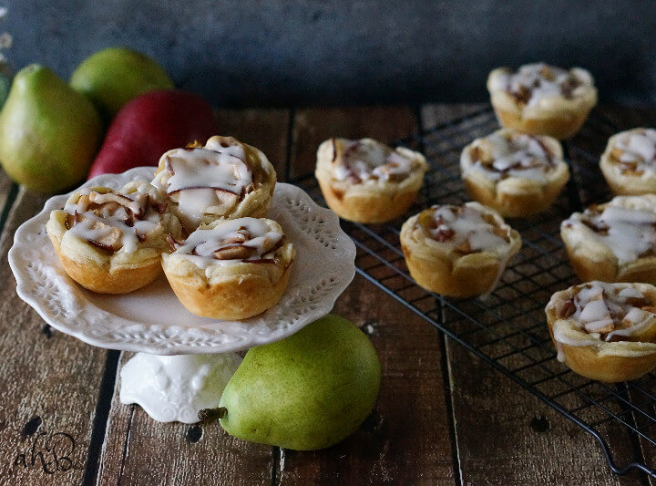 Pear Rumchata Cheese Tarts Recipe
