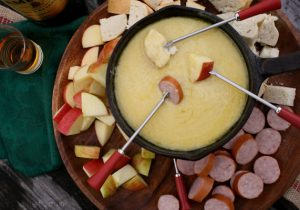 Irish Cheddar Whiskey Fondue Recipe