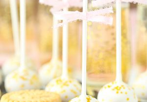 No Bake Champagne Cookie Pops Recipe