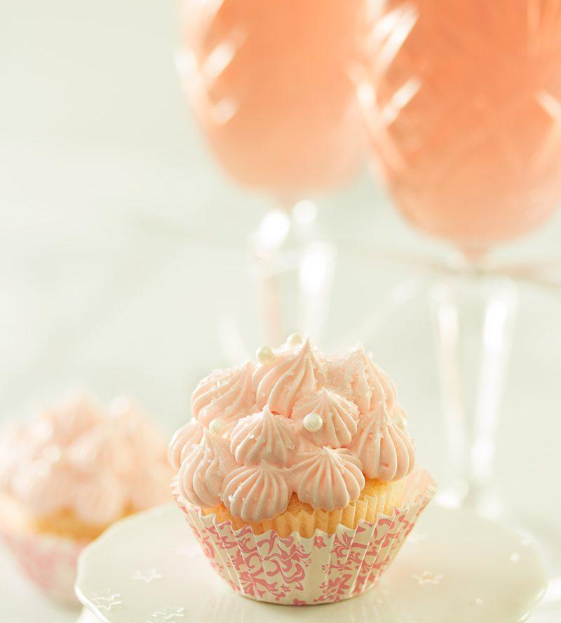 White Chocolate Pink Champagne Cupcake Recipe