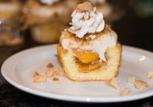 Peach Cobbler Cupcake Recipe