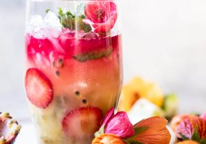 Tropical Strawberry Hibiscus Rum Smash Recipe