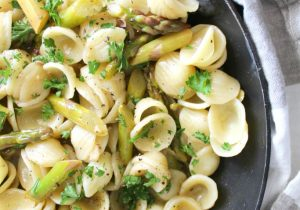 White Wine Pasta with Asparagus Recipe
