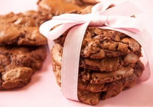 Bourbon and Macadamia Nut Cookies