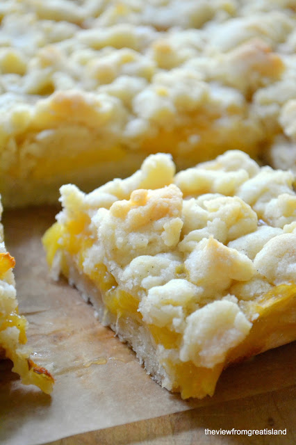 Jack Daniels Peach Pie Bars