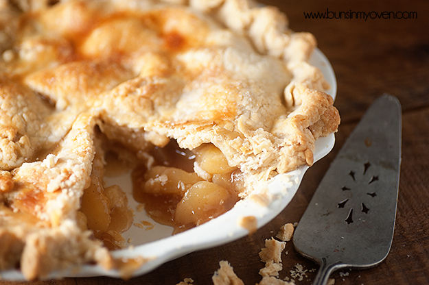 Ginger Bourbon Peach Pie Recipe