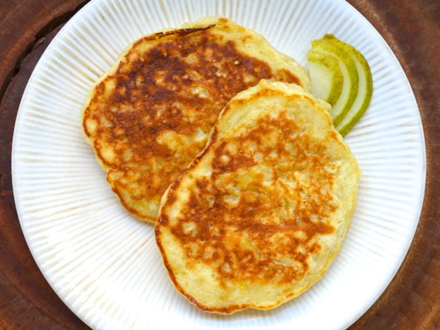 Rum and Pear Pancakes Recipe