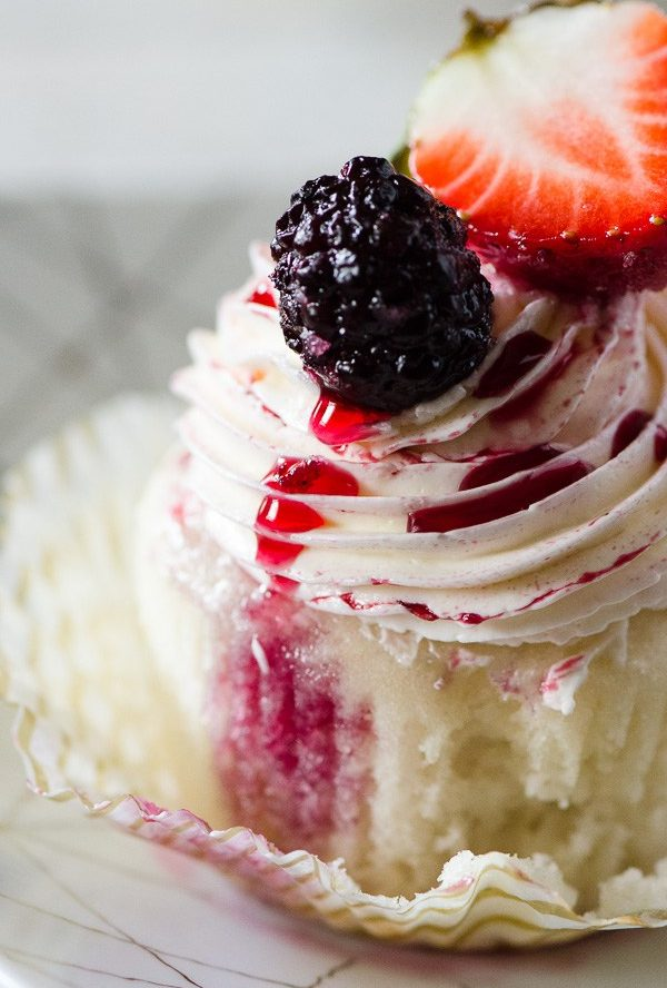 Vanilla Red Wine Berry Cupcake Recipe