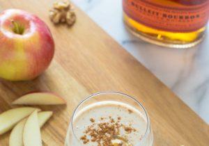Boozy Apple Pie Smoothies Recipe