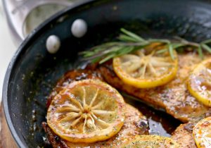 Skillet Lemon Chicken with White Wine Recipe