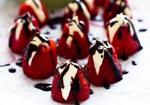 Baileys Cheesecake Stuffed Strawberries